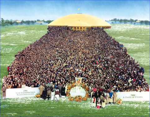 A group for a government, 7,000 experts in Maharishi's Transcendental Meditation, TM-Sidhi Programme and Yogic Flying, Taste of Utopia for all mankind, Fairfield, Iowa, USA, 17 December 1983 to 6 January 1984